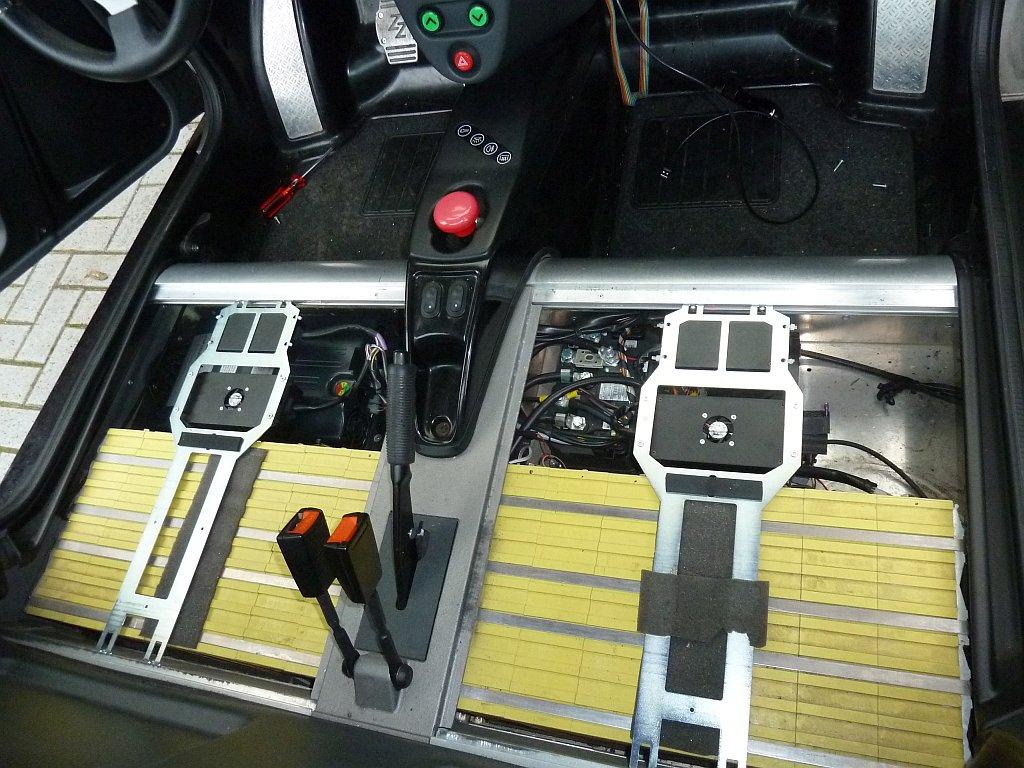 Tazzari electric car   WorkisPlaying